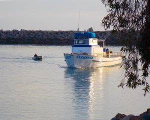 2DP-Fishing Boat entering harbor 2