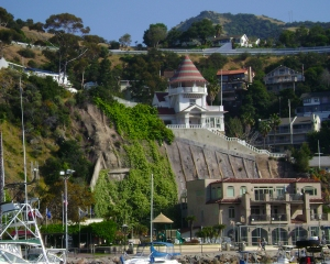 Catalina City of Avalon cliffs