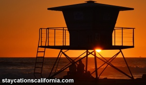 Lifeguard tower sunsset With logo