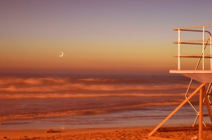 Lifeguard tower with moon 2