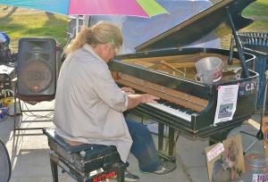 VB-Piano Man