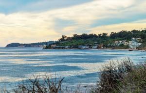 Malibu himnes on the water far away