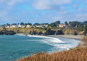 Mendo--From cliff in distance