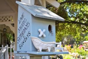 Myrtle   Bird house