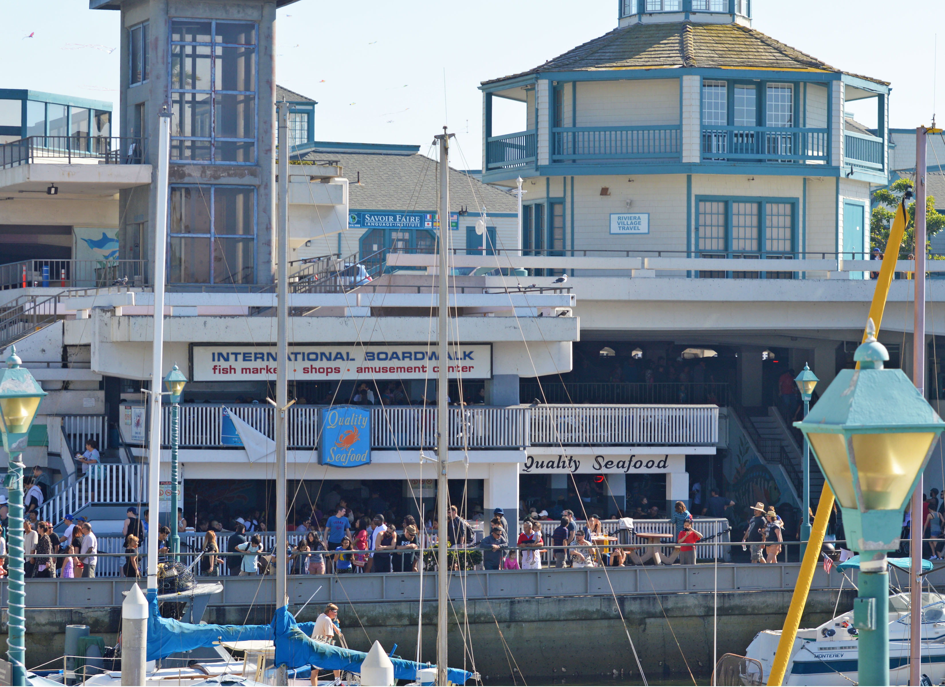 Stores and shopping malls in Redondo Beach: a comprehensive shopping guide to Redondo Beach Stores and shopping malls. Outlets, department stores, .