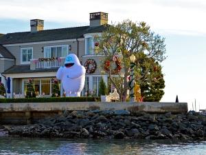 Corner house snowman