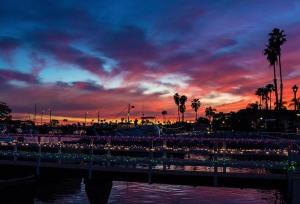 Harbor boat sunset 1000