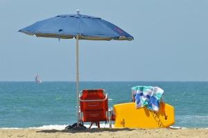 Umbrella on beach 800