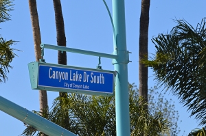 Canyon Lake Sign