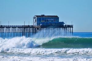 Pier wave set