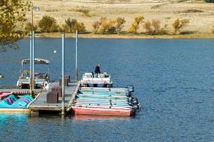 docks-on-boat