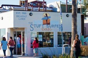 stuft-surfer-cafe