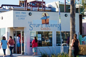 stuft-surfer-cafe